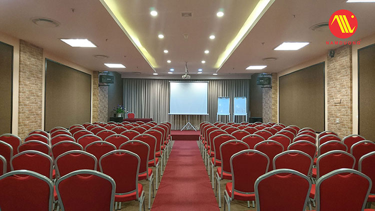 Trang trí phòng hội thảo đẹp tại Hà Nội