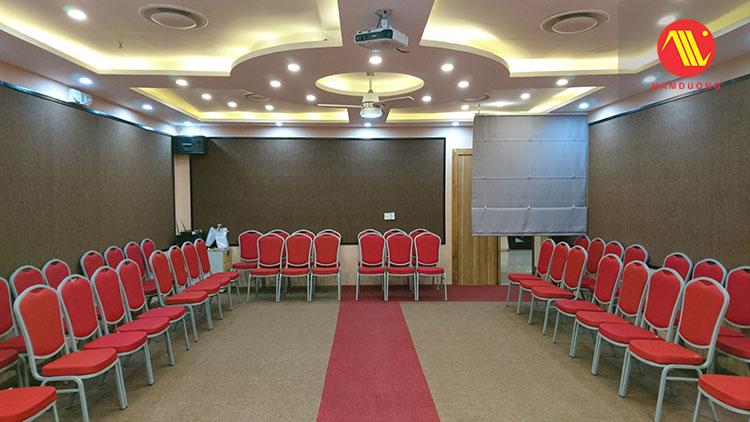 phòng hội thảo nhỏ